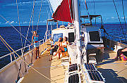 Whitsunday Islands and Whitehaven Beach Sailing Safari 2D/1N